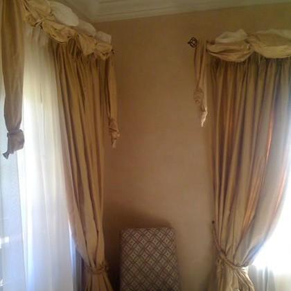 confection de rideaux pour votre ch teau ou chambre d 39 h tes. Black Bedroom Furniture Sets. Home Design Ideas